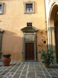 Arriving at Montegufoni Castle